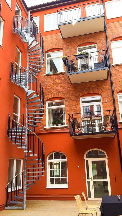 Stål Balkonger och Stål Trappor byggde av RK Teknik